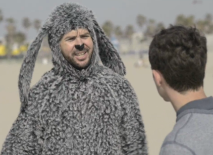 Watch Wilfred Season 2 Episode 6 Online