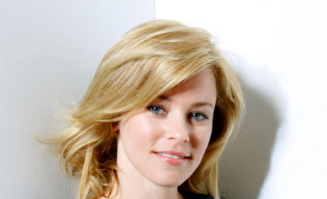 Elizabeth Banks Lands Recurring Role on Modern Family