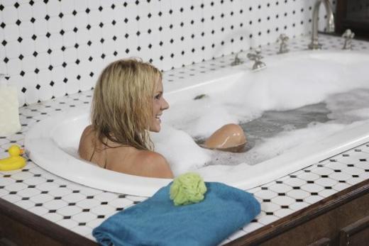 Ali in the Tub