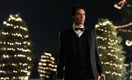 The Vampire Diaries to Air Damon Origin Episode