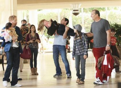 Watch Modern Family Season 1 Episode 23 Online