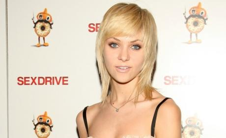 Leighton Meester, Taylor Momsen Attend Movie Premiere