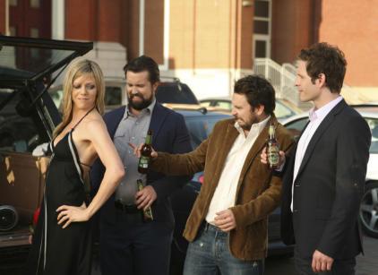 Watch It's Always Sunny in Philadelphia Season 7 Episode 11 Online