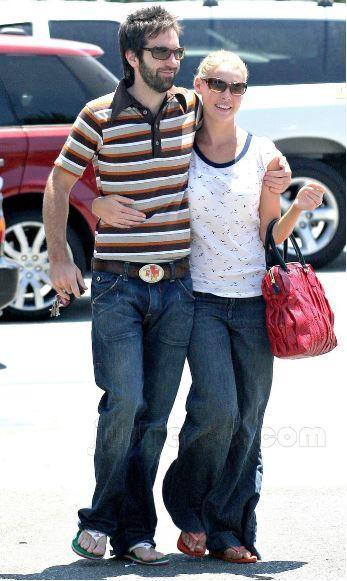 Katherine, Josh Go Shopping