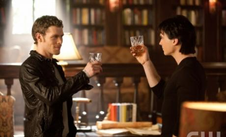 The CW Fall Schedule: Welcome to Julie Plec Thursday!