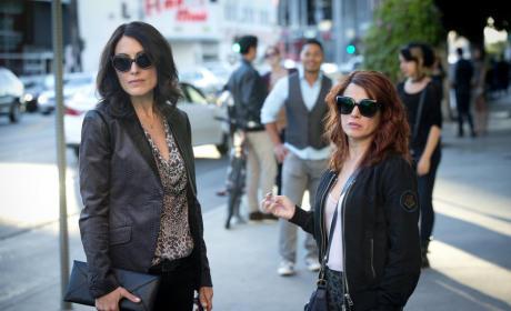 Girlfriends' Guide to Divorce Season 1 Episode 9 Review: Rule #32