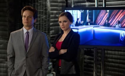 "Perception Q&A: Rachael Leigh Cook and Scott Wolf on a ""Messy, Real"" Relationship"