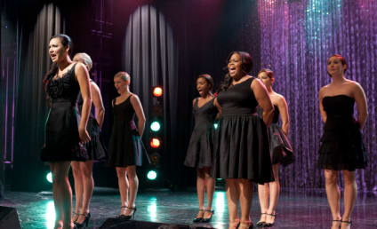 Presenting: Glee's 300th Musical Performance!