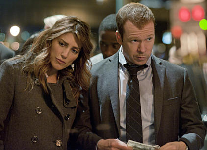 Watch Blue Bloods Season 2 Episode 20 Online