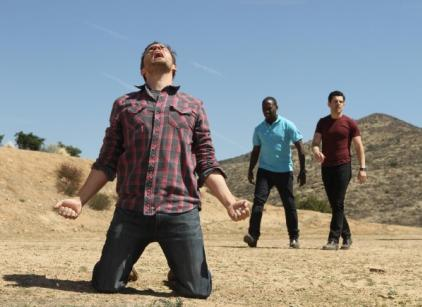 Watch New Girl Season 1 Episode 24 Online