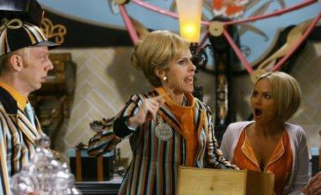 Pushing Daisies Spoiler: Molly Shannon Added to Cast?