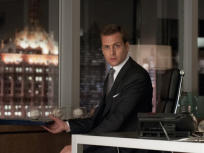 Suits Season 2 Episode 1