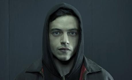 Mr. Robot Season 2: Expanded, Longer Premiere & Aftershow Announced!