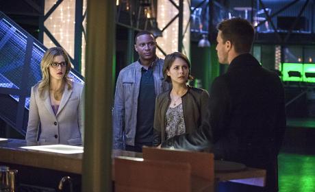 Bad News - Arrow Season 3 Episode 19