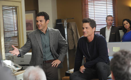The Grinder Receives Full Season Pickup at Fox