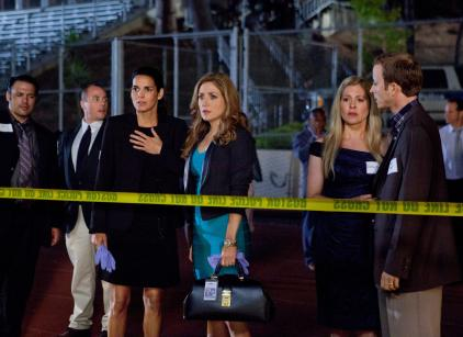 Watch Rizzoli & Isles Season 2 Episode 13 Online