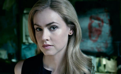 12 Monkeys Q&A: Amanda Schull on Cassie's Death Scene, Tracking Timelines & More