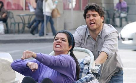 Happy Endings: Renewed for Season 3!