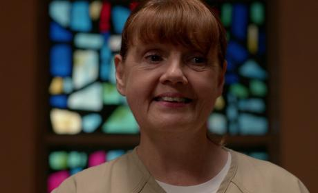 Orange is the New Black Review: Cults, Paranoia, and Kosher Food!