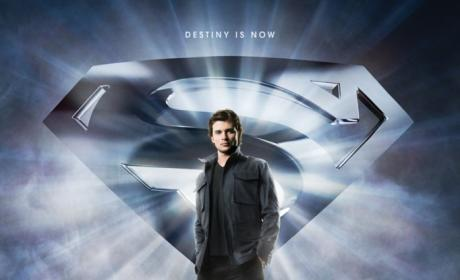 New Smallville Season 10 Poster: Unveiled!