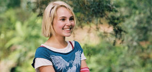 AnnaSophia Robb Cast in Lead Role of The Carrie Diaries