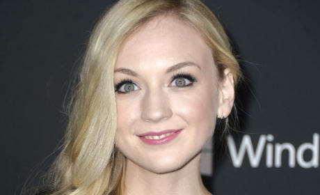 The Flash Season 1 Grabs Emily Kinney as Bug-Eyed Bandit