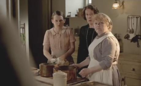 Downton Abbey: Watch Season 2 Episode 2 Online