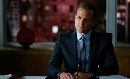 Watch Suits Online: Season 5 Episode 13