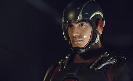 Arrow Spoilers: The Atom Soars, Ra's Returns & More Secrets Come Out!