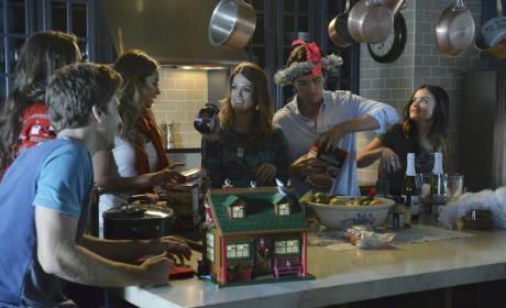 Ezra Gets Crazy - Pretty Little Liars Season 5 Episode 13