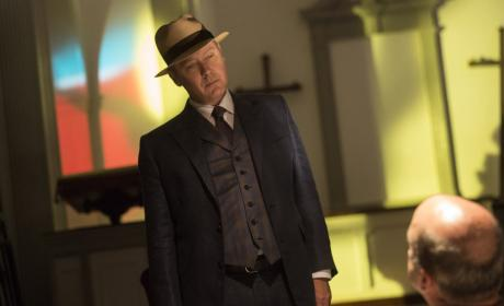 An ominous Red - The Blacklist Season 4 Episode 5