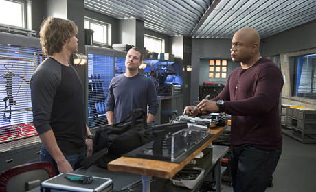 Callen and Sam Facing Deeks