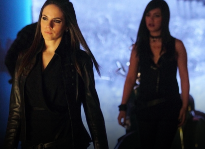 Watch Lost Girl Season 2 Episode 21 Online