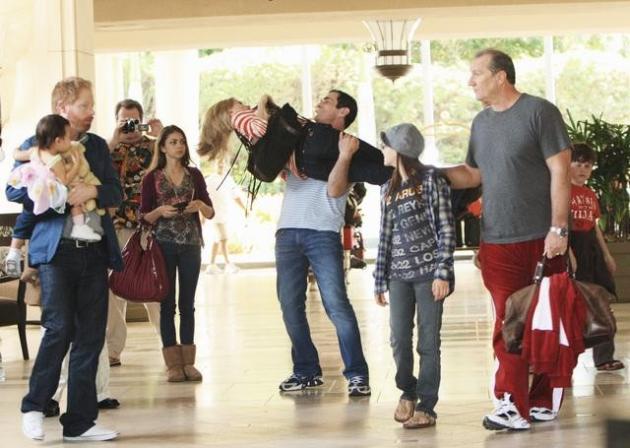 Watch modern family season 1 episode 23 online tv fanatic