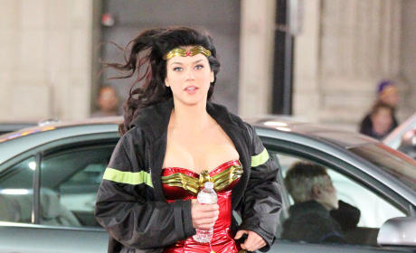 Wonder Woman in Action: Adrianne Palicki Set Shots