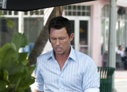 Watch Burn Notice Season 4 Episode 13 Online