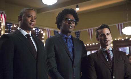 Handsome Gentlemen - Arrow Season 4 Episode 9