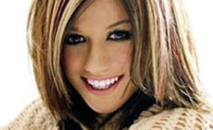Kelly Clarkson, Punk Bassist Hit it Off