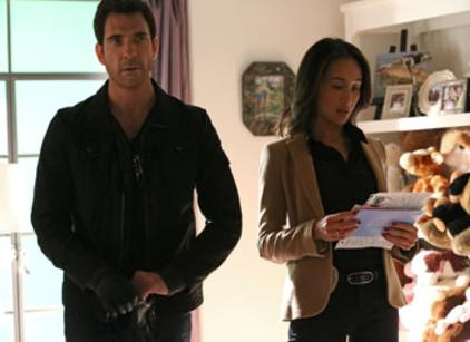 Watch Stalker Season 1 Episode 1 Online