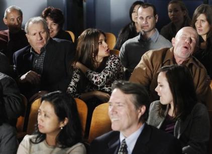 Watch Modern Family Season 2 Episode 19 Online