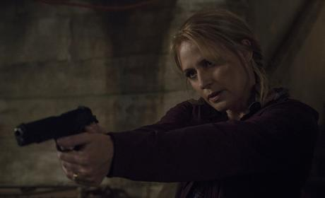 Mary is locked and loaded - Supernatural Season 12 Episode 2