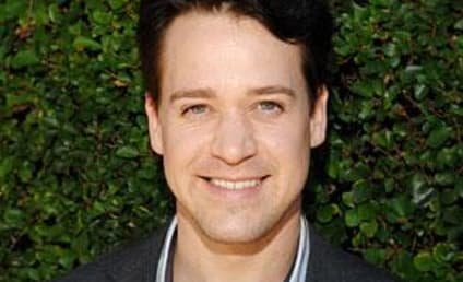 Will Gizzie Make It? Don't Ask Me, Says T.R. Knight