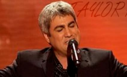 Taylor Hicks Album Sales in Trouble; Tour Tickets on Sale