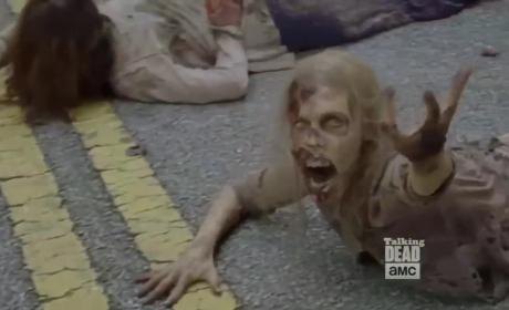 The Walking Dead Sneak Peek: Is Daryl Dead?!?