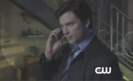 Smallville Sneak Peek: Damned or Dead...