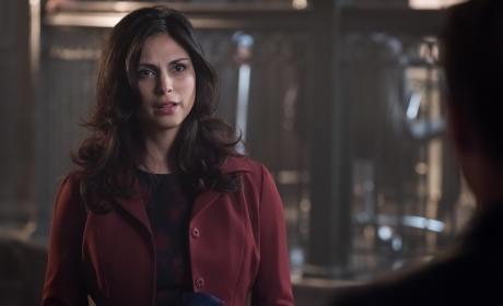 Lee's Back - Gotham Season 3 Episode 3