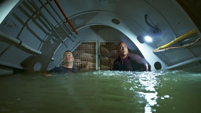 Sam and Callen Trapped
