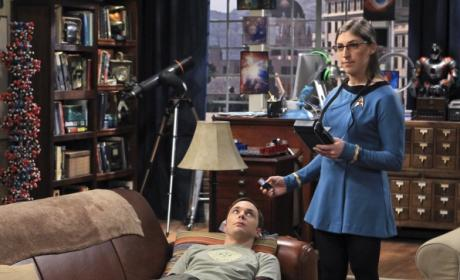Sheldon and Amy Play Doctor