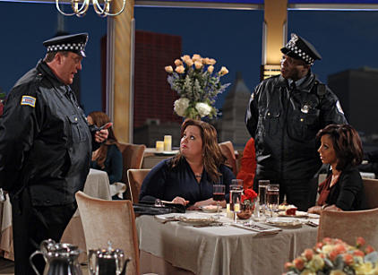 Watch Mike & Molly Season 2 Episode 15 Online