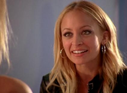 Watch Chuck Season 2 Episode 4 Online